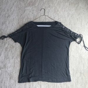 Olivaceous short sleeve tee